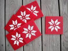 Resultado de imagen de hama beads christmas decorations