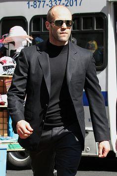 Jason Statham Photos - Jason Statham Strolls Around NYC - Zimbio