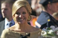 "Her royal highness princess Maxima on Queen's Day 2012 in Rhenen, the Netherlands. Koninginnedag 2012 in Rhenen. A sparkling princess Maxima ! More pictures will follow. 2nd place: Show your best picture of Queen's Day - group ""De Doka"": www.flickr.c teeth bleaching"