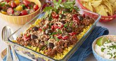 Suverän tacogratäng | Allas Recept Lchf, Fried Rice, Pasta Salad, Natural Health, Tacos, Vegetarian, Healthy Recipes, Healthy Food, Diet