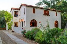 Absolutely beautiful Spanish Colonial Estate - 1 Kind Design