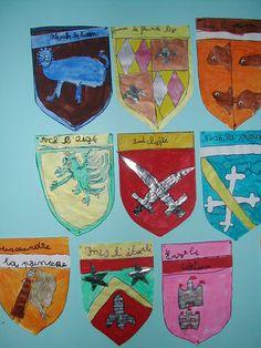 Mater'Gonfaron - Page 9 - Mater'Gonfaron Dragons, Studio C, Armor Of God, Art Plastique, King Queen, Middle Ages, Animation, Arts, Teaching Resources