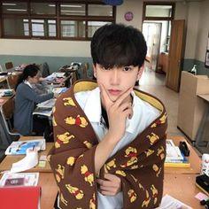 Save = follow  #not_save_free #Lam Cute Asian Guys, Cute Korean Boys, Asian Boys, Asian Men, Cute Guys, Ulzzang Tomboy, Korean Boys Ulzzang, Korean Men, Anime Girl Pink