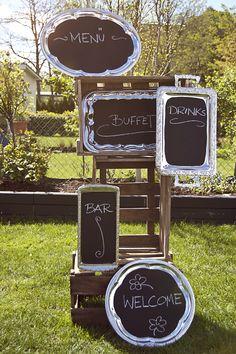 Tablets mit Tafellack:  5 Metalltablets mit Tafellack beschichtet.