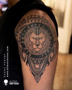 Maori Lion Tattoo for men on sleeve at Aliens Tattoo India. Visit the link given below to see our more Animal Tattoos. Geometric Tattoos Men, Geometric Lion Tattoo, Geometric Tattoo Design, Arm Tattoos For Guys, Cool Tattoos, Nepali Tattoo, Hyper Realistic Tattoo, Tattoo Prices, Mens Lion Tattoo