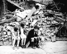 8x10 Photo Children OF AN Eastern Suburb OF London Homeless After Bombing 1940 | eBay