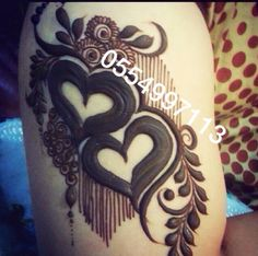 Very easy and beautiful heart shape mehndi design Rose Mehndi Designs, Mehndi Designs For Girls, Stylish Mehndi Designs, Dulhan Mehndi Designs, Mehndi Design Pictures, Wedding Mehndi Designs, Mehndi Designs For Fingers, Latest Mehndi Designs, Henna Tattoo Designs