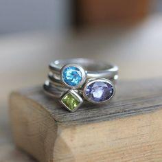 Anillos de Iolite Oval anillo peridoto corte de por onegarnetgirl