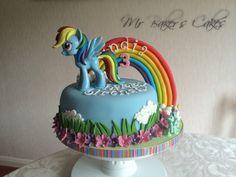 My Little Pony - Rainbow Dash Cake