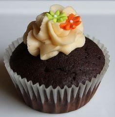 Choc cupcake with amarula frosting 2