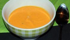 Velouté de butternut à la vanille.  http://www.la-cuisine-des-delices.eu/les-entrees/veloute-de-butternut-a-la-vanille