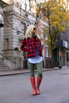 Classic flannel for the holidays is always a good idea.  #fashion #holiday