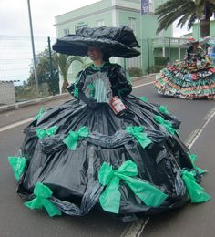 garbage-bag-dress