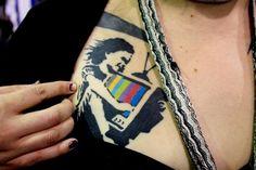 Los mejores tatuajes basados en la obra de Banksy #tattoos