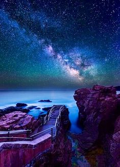 Thunder Hole Acadia National Park, Maine I have to go here! Oh The Places You'll Go, Places To Travel, Places To Visit, Parc National, National Parks, Acadia National Park Hiking, Ciel Nocturne, Photos Voyages, To Infinity And Beyond