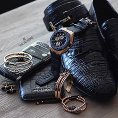 Alligator essentials. Tom Ford X Audemars Piguet X Vertu X Anil ...