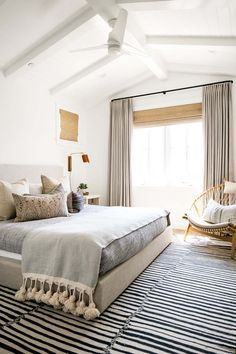 Home Decoration Rustic Breezy seaside home encouraging outdoor living in Newport Beach.Home Decoration Rustic Breezy seaside home encouraging outdoor living in Newport Beach Tan Bedroom, Home Bedroom, Bedroom Decor, Bedroom Ideas, Bedroom Storage, Light Gray Bedroom, Seaside Bedroom, Seaside Home Decor, Bedroom Organization