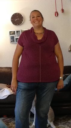 I got this magenta top and the boyfriend jeans in my September @diaandco box. This Oddi top is a cute style but not a fan of the structure, I'm loving these Fashion to Figure boyfriend jeans. Thanks Jamie. #JamieGstyledme