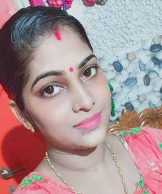 10 Most Beautiful Women, Beautiful Girl Indian, Beautiful Eyes, Indian Natural Beauty, Indian Girls Images, Glamorous Makeup, Good Morning Flowers, Beauty Full Girl, Girl Face