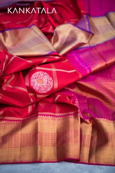 The pink & purple kanchipuram silk saree with royal horse motifs in squares of zari weaves. A golden zari border flowing with rows of rudrakshas transforming from pink to purple hues on the pallu. Organza Saree, Chiffon Saree, Kota Silk Saree, Cotton Saree, Ethnic Sarees, Indian Sarees, Kanjivaram Sarees, Silk Sarees, Purple Hues
