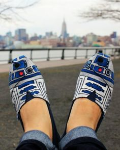 R2D2 shoes! I would totally wear these even though I'm only a moderate Star Wars fan... ;-)
