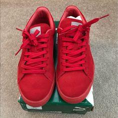 Puma Classic Suede Mono Red Sneaker