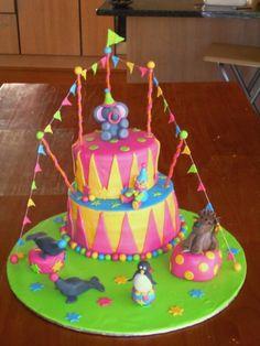 cute circus cake
