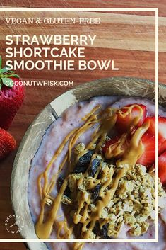 Strawberry Shortcake Smoothie Bowl Makes 1 bowl Recipe by Gabby Guzdek (@honestly_gabby) A super simple and tasty recipe! Tastes just like a strawberry ice cream bar from the ice cream truck! The key ingredient is almond extract. This smoothie bowl tastes like a treat but is packed with ingredients you'll love. Enjoy :) #FoodandDrink #StrawberryShortcake #Recipe #IceCream New Recipes, Sweet Recipes, Vegan Recipes, Dinner Recipes, Dinner Ideas, Breakfast Recipes, Healthy Desserts, Healthy Food, Tasty Recipe