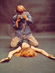 BLOW UP, 1966 - David Hemmings et Veruschka dans Blow-Up, Michelangelo Antonioni, 1966 British Film Institute collection Photographie de Tazio Secchiaroli