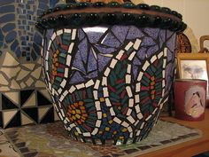 This mosaic design is simple but so impressive.                                                                                                                                                                                 More
