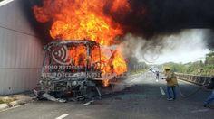 Se incendia autobús de pasajeros se dirigía a Coatzacoalcos - http://www.esnoticiaveracruz.com/se-incendia-autobus-de-pasajeros-se-dirigia-a-coatzacoalcos/