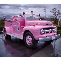 I somehow don't think anyone would take a pink fire truck seriously. Volkswagen, Ford Gt, Pink Purple, Hot Pink, Pastel Pink, Tout Rose, Pink Truck, I Believe In Pink, Pink Power