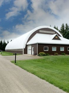 Calhoun's fabric building horse arena are designed, engineered, and manufactured to offer maximum space, functionality, and durability for your equestrian needs. Horse Arena, Horse Stables, Handyman Projects, Indoor Arena, Pole Buildings, Tallit, Pole Barn Homes, Industrial Living, Equestrian