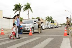 Prefeitura de Boa Vista blitz educativa orienta motoristas e pedestres em frente às escolas #pmbv #prefeituraboavista #boavista #roraima