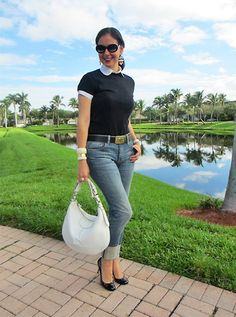 A Key to the Armoire Fashion Over 50, Over 50 Womens Fashion, Denim Fashion, Fashion Outfits, Fashion Tips, Autumn Fashion Over 40, Pijamas Women, Colorful Fashion, Short