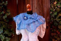 châle de mohair tricoté main polyvalent foulard, bleu, doux a volé, mariage style accessoire, quelque chose de bleu, victorian, edwardian, steampunk