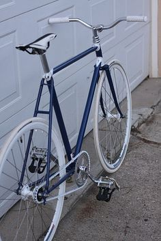 titsandtires:  Nishiki fixed gear conversion (by kingpinphoto)