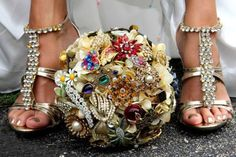 Brooch bouquet with fantastic matching feet!