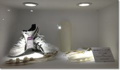'asics' 3D printed running shoe parts – prototyped on an Objet 3D Printer