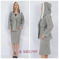 Kışında şıklığınızdan ödün vermeyen bayanlar yün etekli takımımız için www.asecret.com.tr