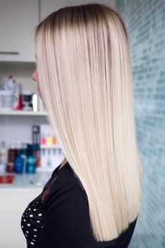 Blonde Blunt Long Haircut ❤️We have a photo gallery … Blonde Blunt Long Haircut ❤️We have a photo gallery featuring gorgeous long haircuts that can work for any hair texture and length. Get inspirational ideas right here. Long Blunt Haircut, Long Length Haircuts, Haircuts For Long Hair, Straight Hairstyles, Hairstyles Haircuts, Long Blunt Cut, Pixie Haircuts, Medium Hair Cuts, Medium Hair Styles