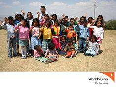 AYUDEMOS A LOS NIÑOS. Capacitación y educación como base de la sociedad. En World Vision México invitamos a los integrantes de las comunidades a participar en la Capacitación y Educación como Base de la Sociedad. Esta labor se lleva a cabo gracias a las aportaciones que mes a mes realizan nuestros patrocinadores que apoyan a un niño con $300.00 peso al mes. Le invitamos a visitar nuestra página web www.worldvisionmexico.org.mx  para conocer nuestros programas.  #ayudemosalosniños