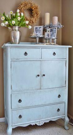 Blue Ribbon Kitchen: CARIBBEAN WINTER BLUES: antique dresser makeover