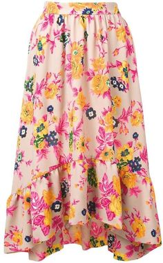 Vibrant and energetic fashion house MSGM excels at both stylish day-to-day wear and statement occasion pieces. This light pink midi skirt features two front pockets, an asymmetric hem and a floral print. Frock For Women, Women Wear, Cute Fashion, Modest Fashion, Floral Print Skirt, Floral Prints, Pink Midi Skirt, Classy Yet Trendy, Sweet Dress