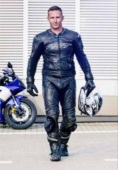 Sexy Biker Men, Mens Biker Style, Biker Wear, Motorcycle Suit, Motorcycle Leather, Biker Leather, Black Leather, Leather Jeans Men, Motorbike Leathers