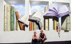 Arte callejero letteraria: pared externa de la biblioteca de Vougy en Francia