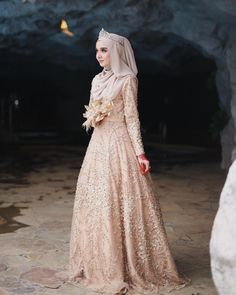 Likes, 46 Comments - Gaun Muslim Wedding Gown, Hijabi Wedding, Wedding Hijab Styles, Muslimah Wedding Dress, Muslim Wedding Dresses, Hijab Bride, Muslim Brides, Muslim Dress, Dream Wedding Dresses