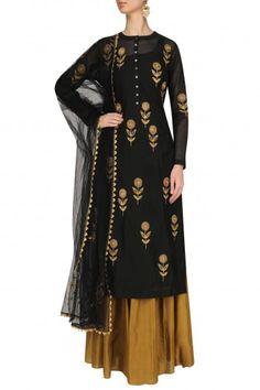 Black Floral Embroidered Straight Kurta and Skirt Set by Joy Mitra - - Designer Punjabi Suits, Indian Designer Wear, Indian Dresses, Indian Outfits, Ethnic Outfits, Indian Clothes, Indian Attire, Indian Wear, Kurta Designs