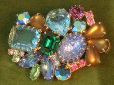 Vintage Multi Color Rhinestone & Art Glass Brooch #vintagejewelry #brooch…