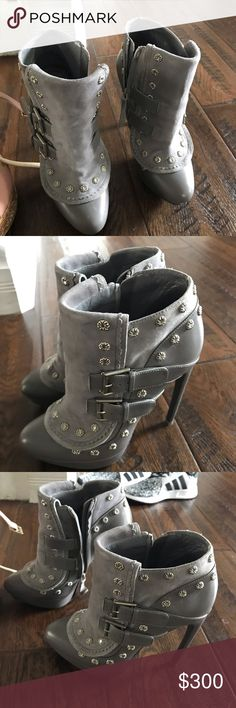 8523101dca6 Alexander McQueen Boots Super cute AM boots! Alexander McQueen Shoes Ankle  Boots   Booties